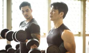 Thiên Nguyễn giúp Dustin tập luyện cho phim hành động 30 triệu USD