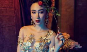 Angela Phương Trinh diện váy mỏng tang làm mẫu ảnh