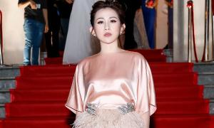 Trâm Nguyễn nhận giải Doanh nhân phong cách của năm
