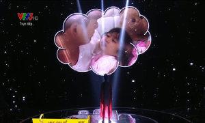 Ưng Đại Vệ hát 'Papa siêu nhân'