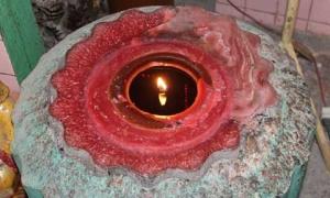 Những cây nến cháy 50 năm không tắt ở Sóc Trăng