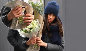 Meghan gây chú ý khi đeo nhẫn có chữ cái tên Harry