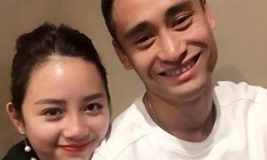 Vũ Minh Tuấn được vợ tẩm bổ, tặng đồ hàng hiệu