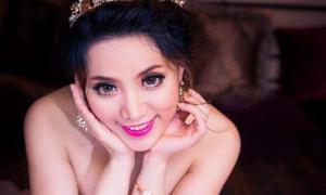 Hoa hậu Jenny Tuyến gợi cảm với váy cúp ngực