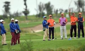 Hơn 1.000 người chơi dự giải golf có giải thưởng hơn 40 tỷ đồng