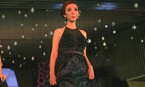 Thu Trang, Đan Lê catwalk với BST mới của Lê Thanh Hòa