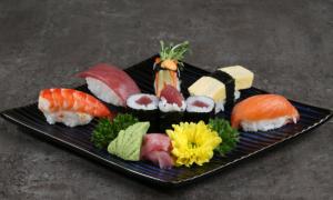 Bữa trưa kiểu Nhật cho 3 người từ 196.000 đồng