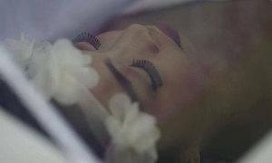 Cô gái ung thư xương được thực hiện di nguyện 'chết cũng phải đẹp'