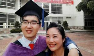 Người mẹ nuôi con bại não đỗ đại học Harvard