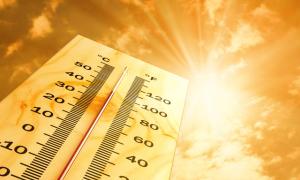 5 mẹo hay đối phó với nắng nóng trên 40 độ