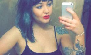 Cô gái bị quán bar sa thải vì 'thả rông' đi làm