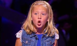 Cô bé 10 tuổi thừa hưởng năng khiếu giả giọng động vật của bà nội
