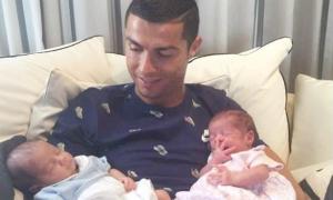 Hai con song sinh của C. Ronaldo được thụ tinh thế nào ở Mỹ