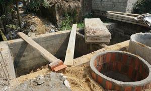 Người phụ nữ chết trong bể phốt 7 năm mới được phát hiện