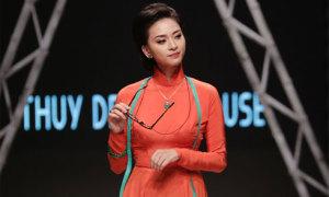 Ngô Thanh Vân làm cô thợ may trên sàn diễn