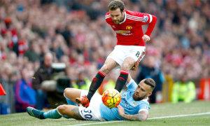 Ngoại hạng Anh nóng trở lại với loạt trận derby