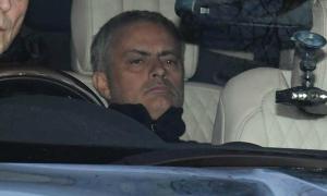 Dàn sao MU tới sân tập chuẩn bị cho trận derby với Man City