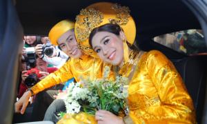 Lâm Khánh Chi rạng rỡ hạnh phúc trong ngày vu quy