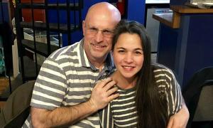 Người đàn ông Mỹ bất ngờ tìm được em gái ở Philippines nhờ ADN