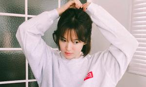 Song Hye Kyo khoe ảnh 'em chưa 18'