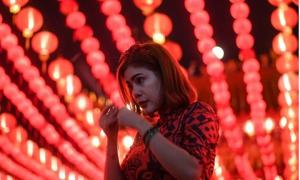 Người châu Á tưng bừng đón năm mới Mậu Tuất