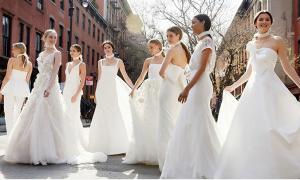 Xu hướng váy cưới phá cách và ngẫu hứng