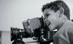 C. Ronaldo làm phim cho Facebook