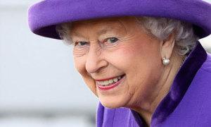 Tuổi và ngày sinh thật sự của Nữ hoàng Anh Elizabeth II