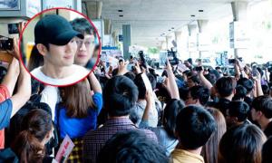 Hàng trăm fan Việt ra đón sao 'Chị đẹp mua cơm ngon cho tôi'