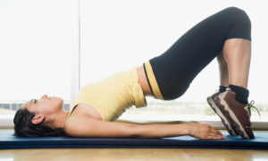 6 động tác đơn giản giúp chân thon, mông nở