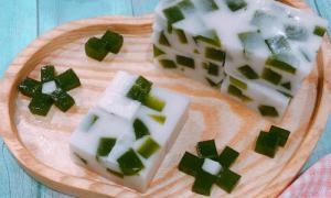 Thạch lá dứa cốt dừa chỉ nhìn đã muốn ăn