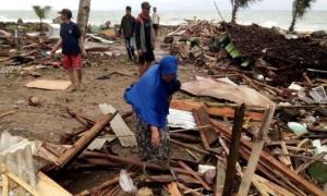 Indonesia hoang tàn sau sóng thần, gần 170 người chết