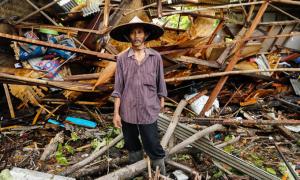 Người Indonesia khốn khổ trong thảm họa sóng thần
