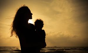 Vợ chồng ly thân, tôi chẳng biết trả lời thế nào khi con hỏi về bố