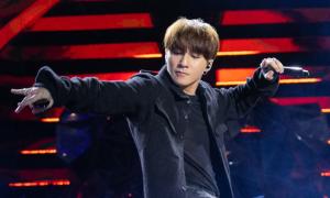 Sơn Tùng tiết lộ bị tắt tiếng sau đêm nhạc Tiger Remix