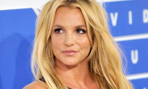 Britney Spears đi điều trị sức khỏe tâm thần