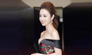 Jennifer Phạm chúc Ngoisao.net ngày càng phát triển