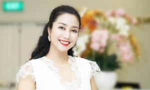 MC Ốc Thanh Vân 'bắn tim' mừng sinh nhật Ngoisao.net