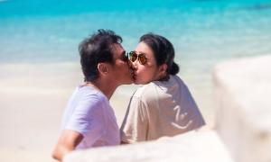 Lương Gia Huy và vợ 32 năm bên nhau vẫn như người tình