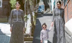 Hà Kiều Anh cùng con gái dạo chơi trên phố cổ Hàn Quốc
