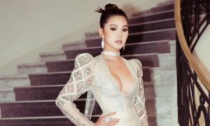Jolie Nguyễn khoe chân dài, ngực đầy tại LHP Cannes