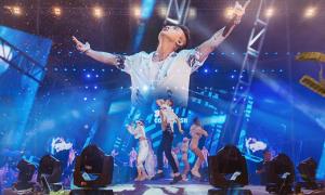 Sơn Tùng M-TP biểu diễn trước hơn 10.000 khán giả ở Cần Thơ
