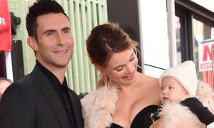 Adam Levine muốn có 5 con với thiên thần nội y Behati Prinsloo