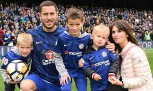 Bóng hồng kín tiếng khiến Hazard không thể rời xa từ năm 14 tuổi