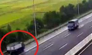 Nữ tài xế xe tải chạy ngược chiều trên cao tốc bị phạt 7,5 triệu đồng