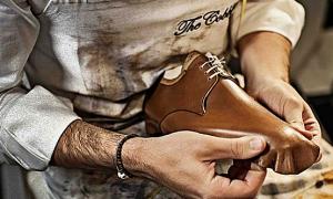 Một phút đọc: Abraham Lincoln đáp trả khi bị cười nhạo là con của thợ đóng giày