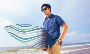 Việt Tiến ứng dụng chất liệu sorona và linen vào bộ sưu tập mới