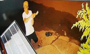 Người đàn ông dùng búa cướp tiệm vàng trong đêm
