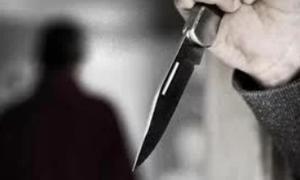 Cô gái đâm chết tình địch trong nhà nghỉ