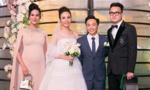 Diệp Lâm Anh bế bụng bầu đi dự đám cưới Đàm Thu Trang